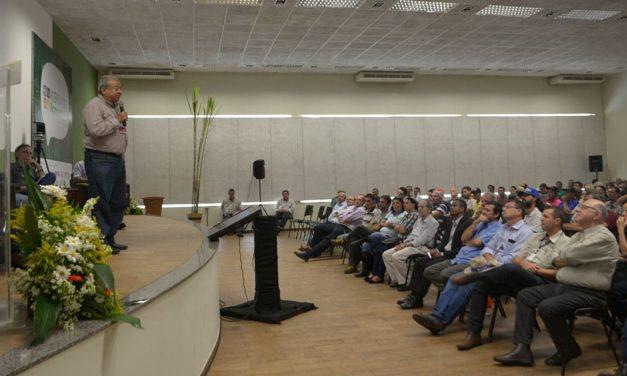 Especialistas debatem o futuro do produtor de pequeno porte