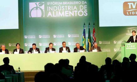 Autoridades e empresários debatem cenários e soluções  para o setor de alimentos