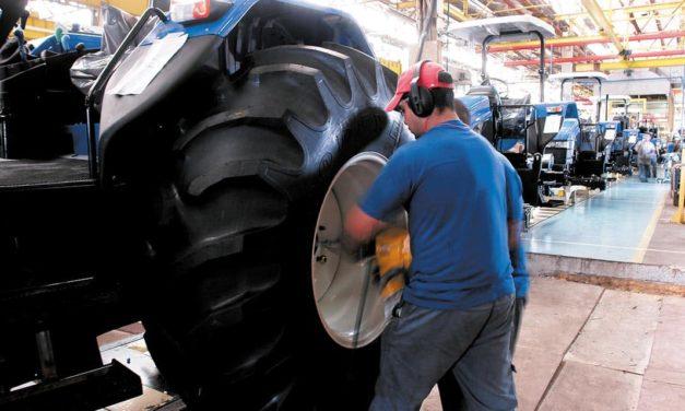 Máquinas agrícolas: indústria prevê demanda maior a partir de julho
