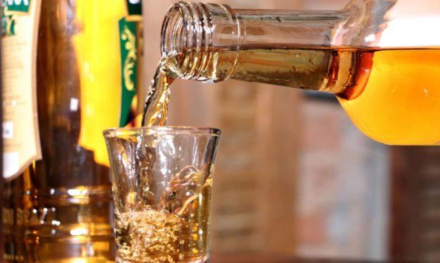 Cachaça é do Brasil e Tequila é do México