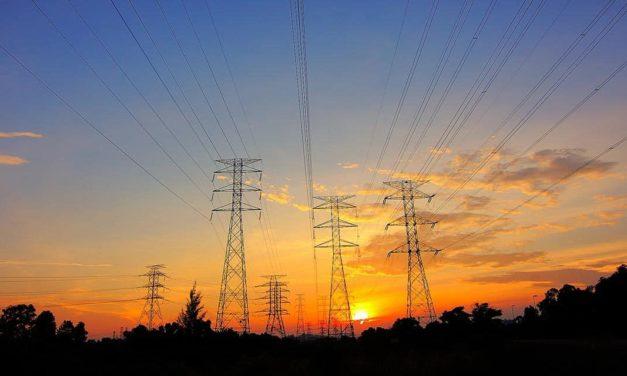 Cummins e NRG lançam plataforma de distribuição de energia mais limpa que oferece também redução nos custos