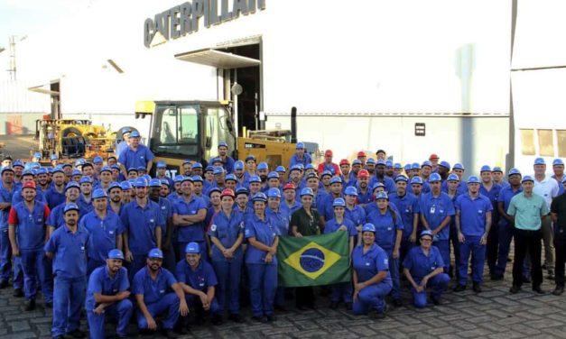 Caterpillar celebra 50.000 tratores produzidos no Brasil