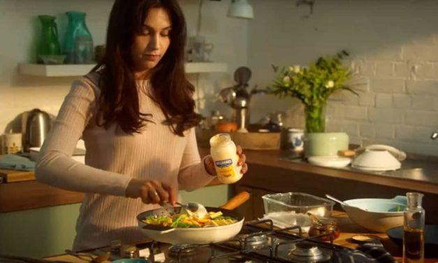 """Contra o desperdício de alimentos, Hellmann's apresenta """"Restaurante Sem Comida"""""""