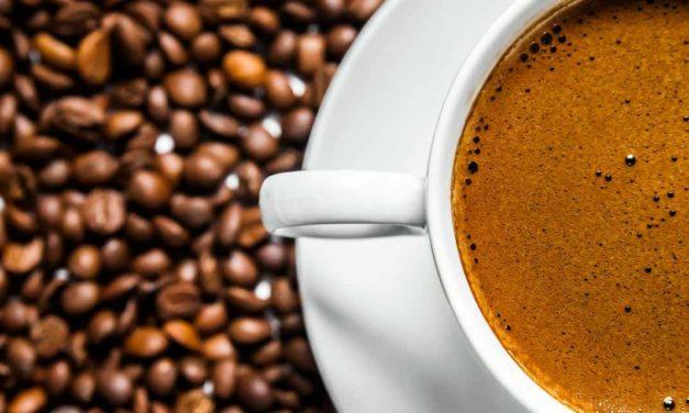 Exportações de café do Brasil atingem 34 milhões de sacas no ano-safra e sinalizam recorde histórico