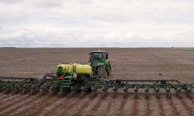 Tecnologia John Deere faz Brasil bater  recorde mundial de hectares plantados em 24h