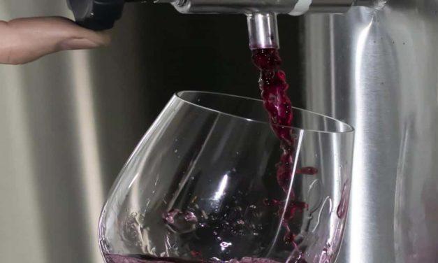 Vinícola Aurora e Bangalô lançam Gastrobar Pub com vinho encanado, o primeiro da Serra Gaúcha