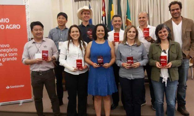 Santander e Esalq/USP revelam vencedores da segunda edição do Prêmio Novo Agro