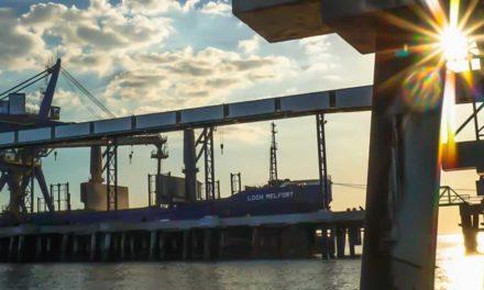 Hidrovias do Brasil assina contrato para movimentação de granéis sólidos minerais no Porto de Santos
