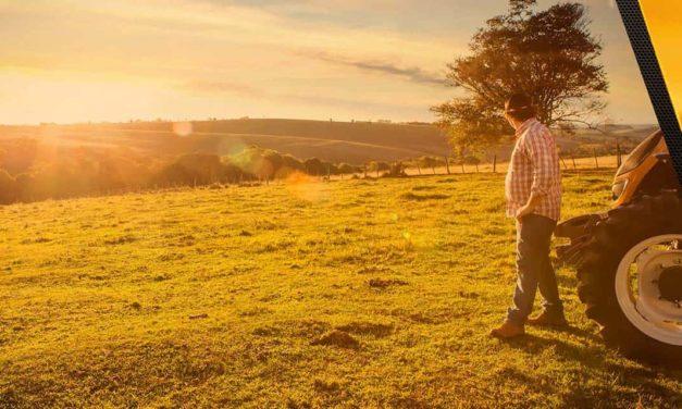 Comunidade, família e desenvolvimento nos 60 anos de Valtra no Brasil