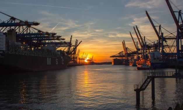 AEB avalia impactos da pandemia e revisa balança comercial para 2020