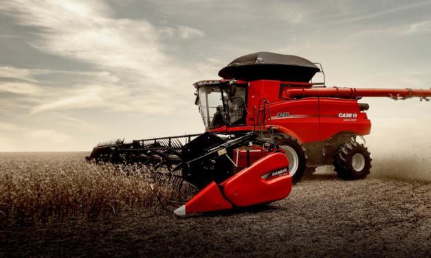 Case IH apresenta colheitadeira com sistema inteligente de regulagem automática