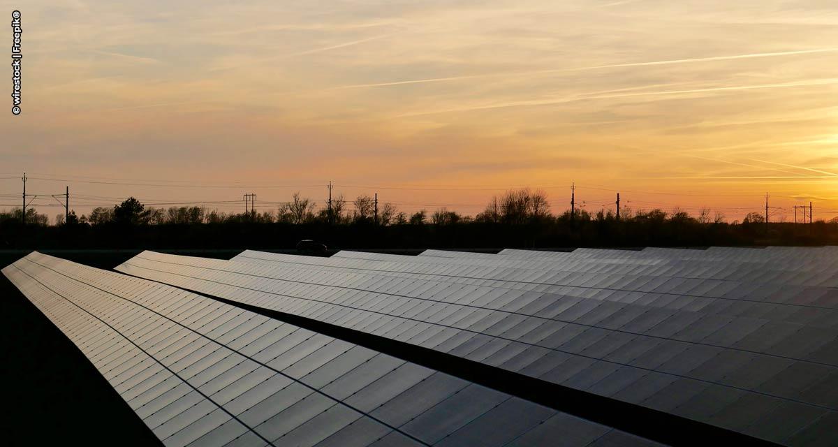 Energia solar de grandes usinas ultrapassa carvão na matriz elétrica brasileira, informa ABSOLAR